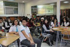 Alumnos de 4° medio, Colegio Antupirén