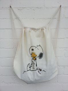 Snoopy and Woodstock Hugging Natural Cotton Duffel/Duffle by BYKI