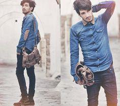 Shirt & bag & boots, yep I'd wear that
