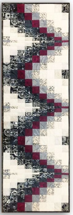 Free pattern day: Bargello Quilts The bargello technique can be used to create backgrounds for applique, to showcase landscape prints, and to use up your stash. In a previou. Bargello Quilt Patterns, Bargello Quilts, Quilt Patterns Free, Free Pattern, Colchas Quilting, Quilting Designs, Quilting Ideas, Table Runner Pattern, Quilt Border