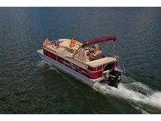 Manitou 22 Aurora VP: Manitou Auroras come in several optional bright colors and graphics packages. Note the bright special graphics on the side. Manitou Pontoon, Layout, Entry Level, Car Detailing, Aurora, Pontoon Boats, Perception, Bright Colors, Range