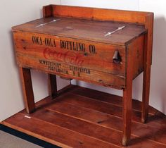 620: Early Coca-Cola wooden cooler : Lot 620