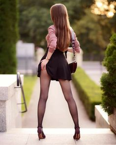 Beautiful Legs, Beautiful Models, Gorgeous Women, Sexy Outfits, Sexy Dresses, Cool Outfits, Looks Pinterest, Pantyhose Outfits, Sexy Legs And Heels