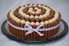 Torta de chocolate con bombones