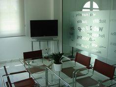Nuestras oficinas: sala de reuniones