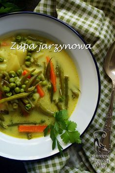 Kulinarne przygody Gatity: Zupa jarzynowa z zielonym groszkiem