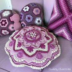 Purple and pink cushions/pillows crochet by BautaWitch in Schachenmayrs Catania. Mandala Madness, Tess the butterfly and granny square. Namaste, Cal 2016, Pink Cushions, Baby Girl Crochet, Crochet Pillow, Catania, Fiber Art, Crochet Projects, Diy And Crafts