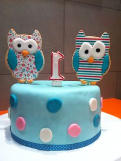 Cookie owls. Cake for twins