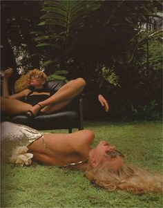 Paris Vogue December 1977