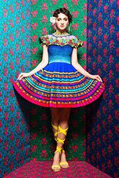 Neha Agarwal | http://mumbaigloss.in/interesting-designs-to-be-showcased-by-neha-agarwal-and-rimi-nayak-at-lfw-springsummer-15/