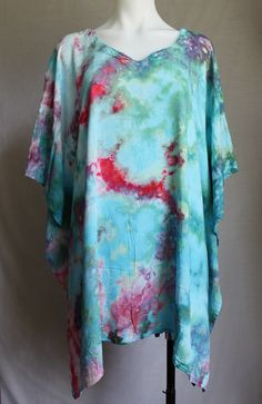 Tie dye Poncho ice dye boho festival indie fashion O/S - Cotton Candy crinkle Ice Dyeing, Cool Style, My Style, Boho Festival, Indie Fashion, Dip Dye, Handmade Soaps, Crinkles, Rainbows