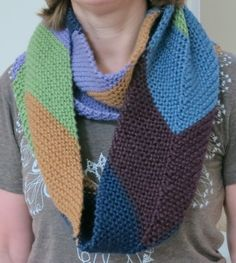 """Free Knitting Pattern: Easy """"This Way Up"""" Chevron Cowl"""