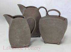http://lakesidepottery.com/Media/JPG_Images/handbuilding-projects-ideas/pitchers-and-jar.jpg