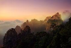 Huangsan by Suchet Suwanmongkol, via 500px