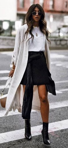 outfit of the day | top + skirt + bag + stripped cardi + boots