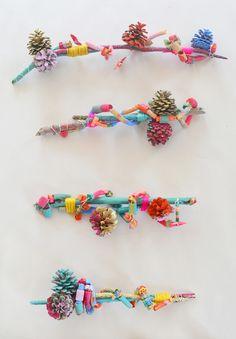 Art Assemblage with Kids // Pinecones & Pasta - Art Bar : Winter Preschool Nature Art Activities: Pinecone Pasta Wire Art Assemblages Kids Crafts, Craft Stick Crafts, Projects For Kids, Diy For Kids, Art Projects, Arts And Crafts, Craft Ideas, Play Ideas, Summer Crafts