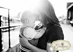 great family photo shoot with 6 month old
