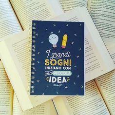 """""""I grandi sogni iniziano con una piccola idea""""  Buonanotte lettori!  E ancora grazie mille a @maricacre per questo...meraviglioso regalo!  #mrwonderful #quaderno #scrivere #agenda #libri #leggere #lettura #bookworm #bookporn #bookish #bookstagram #instalibri #instabook #bookpic #instapic #instagood #amoleggere #sogni #idee #fotodelgiorno #books #bookcommunity #writing #igread #bookphoto #dreams"""