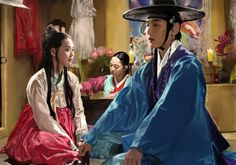 From the kdrama ~Arang and the magistrate~ The magistrate (Lee Jun ki), Arang (Shin Min-ha) and the mudang (Hwang Bo-ra) 1 day. OH CRAP MY COULOURS ! Arang and the magistrate Joon Gi, Lee Joon, Korean Drama Movies, Korean Actors, Shin Min Ah, The Flowers Of Evil, Arang And The Magistrate, Drama 2016, Lee Jun Ki
