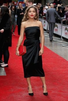 Pin for Later: See All the Red Carpet Action at the Jameson Empire Film Awards Antonia Thomas Female Character Inspiration, Style Inspiration, Pretty Dresses, Beautiful Dresses, Beautiful Women, Antonia Thomas, Carpets For Kids, Black Curves, Strapless Dress Formal