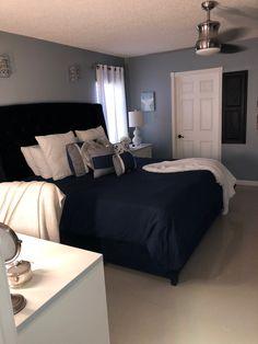 beautiful feminine bedroom decor ideas 14 < Home Design Ideas Dream Rooms, Dream Bedroom, Home Bedroom, Bedroom Decor, Target Bedroom, Bedroom Wall, First Apartment Decorating, Cute Room Decor, Couple Bedroom