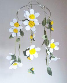 White Wildflowers Felt Crib Mobile / Felt by ThreadandHeart