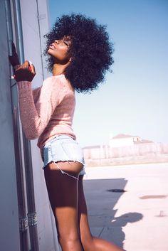 blackfashion:  Chasity Samone, 22, NYChttp://instagram.com/chasitysamone Photography by: @Zhania Ridgeway
