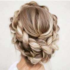 LOVE!!! #braided #downdo #creative #saturdays #weekends