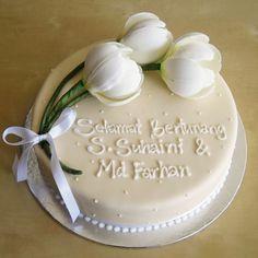 engagement tulips | par Artisan Cakes by e.t.