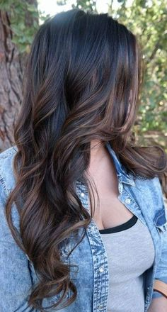 Wonderful Balayage Hair Color Ideas For 2019 21 Brown Hair Balayage, Hair Color Balayage, Balayage Brunette Long, Bayalage Black Hair, Balayage Dark Brown Hair, Brunette Hair Colors, Balayage Hair Brunette Long, Dark Ombre Hair, Brown Balyage