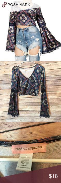 "c081c098f15 Band of gypsies boho velvet bell sleeve crop top Never worn Length 16""  Armpit to"