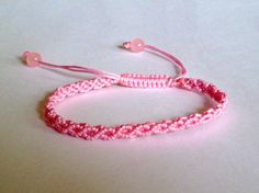 Light Pink Wavy Macrame Knot - never gets old