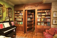 my dream house will be filled with hidden rooms and secret passageways/staircases! Hidden Bookshelf Door, Bookcase Door, Bookshelves, Revolving Bookcase, Bookshelf Plans, Open Bookcase, Hidden Spaces, Hidden Rooms, Small Spaces