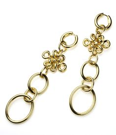 Diane von Furstenberg by H.Stern collection. Love Knot earrings in 18K polished yellow gold.