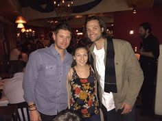 """Jensen Ackles and Jared at dinner tonight! Awesome! #phxcon"