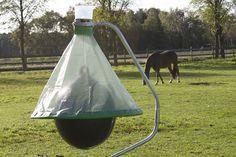 Tutovka pro chovatele koní, ekologický a ověřený lapač ovádů, zamezí přemnožení populace ovádů kolem Vašich stájí.