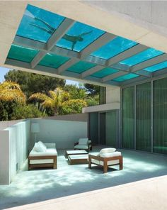 House Design With Glass-Bottom Pool what? glass bottom rooftop pool - Jellyfish House by Wiel Arets Architects (WAA)what? glass bottom rooftop pool - Jellyfish House by Wiel Arets Architects (WAA) Future House, Villa Design, Design Hotel, Exterior Design, Interior And Exterior, Room Interior, Interior Ideas, Interior Decorating, Decorating Ideas