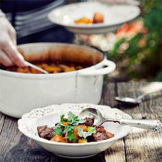 Gulasz wołowy z ciemnym piwem i papryczkami chili Poland, Chili, Beef, Cooking, Food, Meat, Kitchen, Chile, Essen