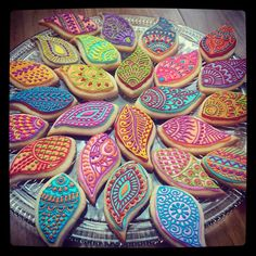 Henna/Mendhi inspired cookies perfect for your Gaye Holud night! - Henna/Mendhi inspired cookies perfect for your Gaye Holud night! Absolutely love this idea!