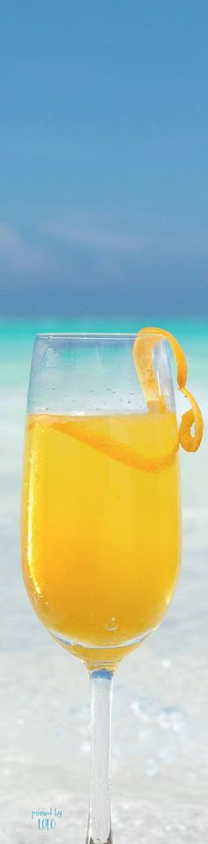 drinks on the beach  | LOLO❤︎