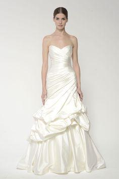 Monique Lhuillier Bliss 1403S Gown