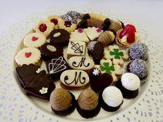 cukroví svatební Candy, Cookies, Desserts, Christmas, Food, Bar, Google, Biscuits, Sweet