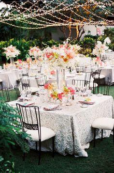 #AlFresco Dining | Lovely Linens | Steve Steinhardt Photography | Beth Helmstetter Events | Holly Flora |  #SMP Weddings: http://www.stylemepretty.com/2013/01/10/big-island-wedding-from-beth-helmstetter-events-steve-steinhardt/