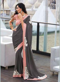 Pin by Pavitraa on Party Wear Sarees Designer Party Sarees gray color ki saree - Gray Things Indian Dresses, Indian Outfits, Indian Saris, Western Dresses, Grey Saree, Sarees Online India, Bollywood, Saree Shopping, Elegant Saree