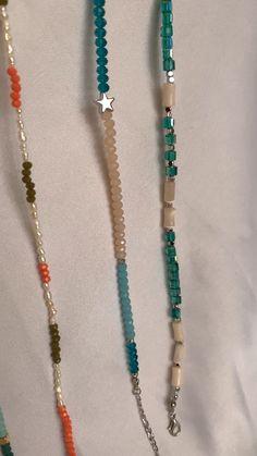 Beaded Necklace Patterns, Beaded Bracelets Tutorial, Bracelet Patterns, Bracelet Designs, Beaded Necklaces, Seed Bead Bracelets Diy, Beading Patterns, Jewelry Bracelets, Handmade Wire Jewelry