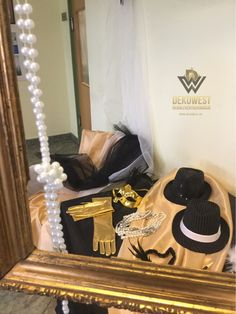 Gatsby Wedding, Art Deco Fashion, Turntable, Music Instruments, Style, Swag, Record Player, Musical Instruments, Outfits