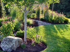 Strategy, techniques, as well as overview when it comes to getting the very best result as well as attaining the optimum utilization of Front Yard Landscaping Borders Front Yard Landscaping Design, Outdoor Gardens, Landscape Design, Easy Landscaping, Landscape, Landscaping Tips, Lawn And Garden, Landscaping With Rocks, Backyard