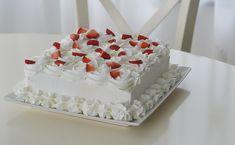 Tort diplomat cu capsuni Nutella, Chicken, Cake, Sweet, Desserts, Recipes, Food, Tarts, Mascarpone