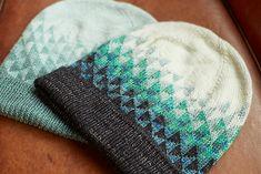 Ravelry: Fragmentation pattern by Kiyomi Burgin Knitting Charts, Hand Knitting, Knitting Ideas, Unicorn Tail, Beatnik Style, Madeline Tosh, Ravelry, Classic Elite Yarns, Blue Sky Fibers