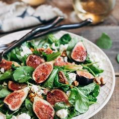 Mixed-Greens-and-Herb Salad with Figs and Walnuts Recipe - Jessica Theroux Slow Roasted Prime Rib, Prime Rib Roast, Fig Salad, Herb Salad, Pea And Ham Soup, Pea Soup, Easy Shrimp Scampi, Homemade White Bread, Lobster Salad